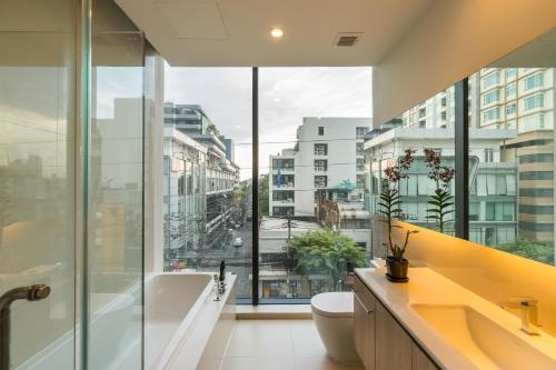 The Residence on Thonglor by UHG photo 15