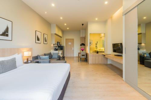 The Residence on Thonglor by UHG photo 41