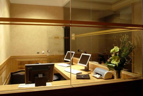 Hotel Real Palacio photo 3