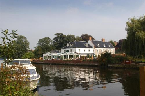 Waveney House Hotel