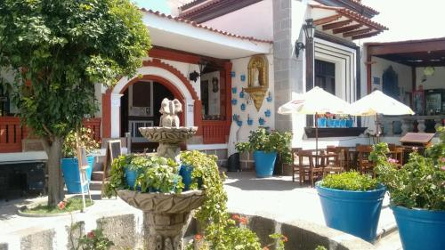 HotelViaVia Cafe Ayacucho 2