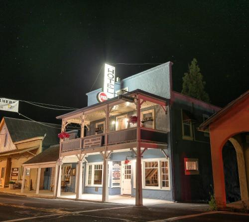 18736 Main Street, Groveland, California, 95321, United States.