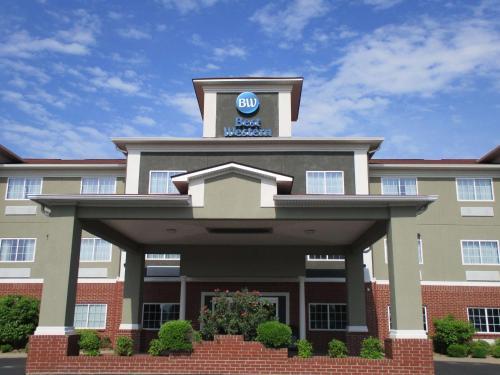 . Best Western Presidential Hotel & Suites