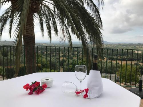 Suite mit Terrasse Finca Hotel Es Castell 15
