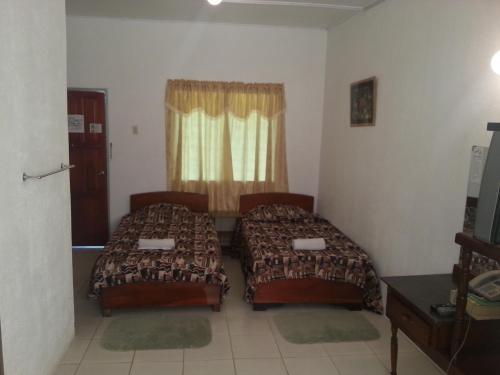 תמונות לחדר Golden Thistle Hotel
