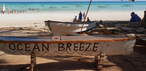 Ocean Breeze Lodge