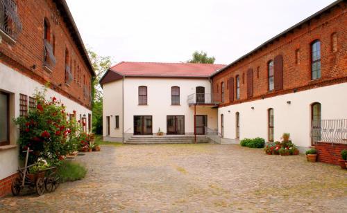 . Landhaus Heinrichshof