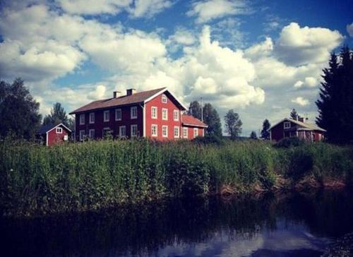 Norrsjön Gästgifveri - Accommodation - Sörsjön