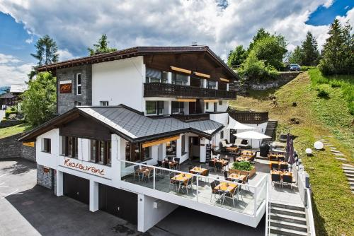 . Hotel Restaurant Chesa