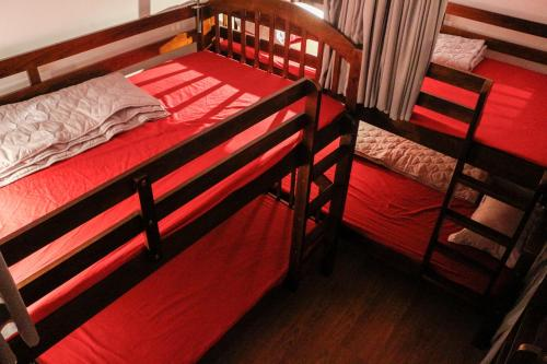Giường Tầng ở Phòng ngủ tập thể của Nữ  (Bunk Bed in Female Dormitory Room  )