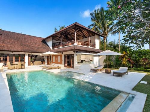 Top 10 Luxury Villas In Ubud Bali Updated 2021 Trip101