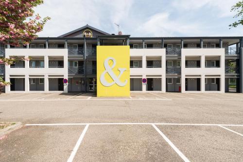 B&B Hôtel Saint-Etienne La Terrasse - Hotel - Villars