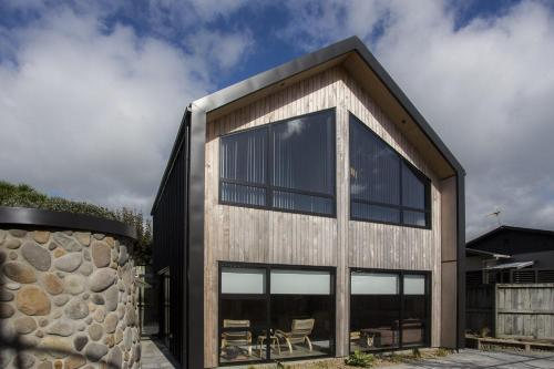 THE NATURAL HOME - PRIME FITZROY LOCATION - New Plymouth