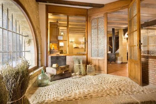 Junior Suite with Mountain View Posada de Uncastillo 8