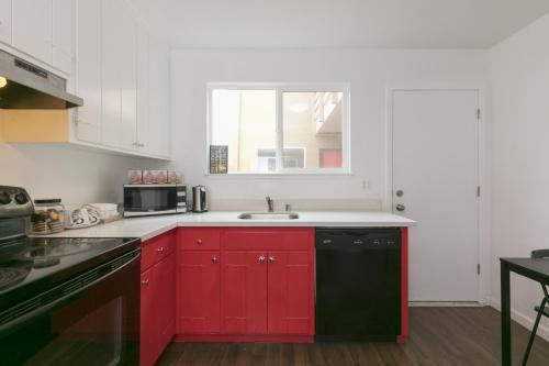 30 Vista Unit 2 - Daly City, CA 94014