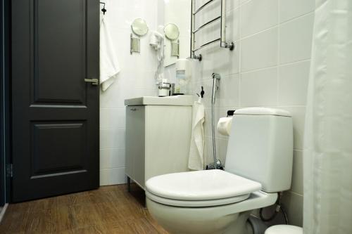Хостел Казанское Подворье Двухместный номер с 2 отдельными кроватями и ванной комнатой