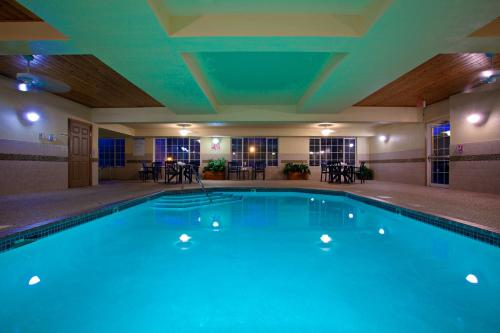 Country Inn & Suites By Radisson Minneapolis/Shakopee Mn - Shakopee, MN 55379