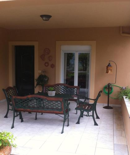Menegata Garden Home