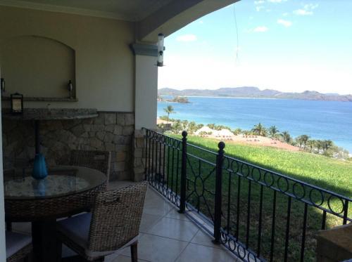. Oceanica Resort 809