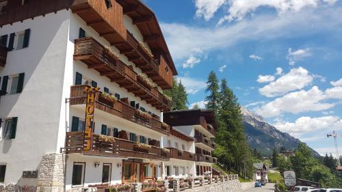 Hotel Des Alpes Cortina d'Ampezzo