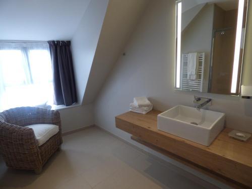 21 Quai Morand, Paimpol, 22500, France.