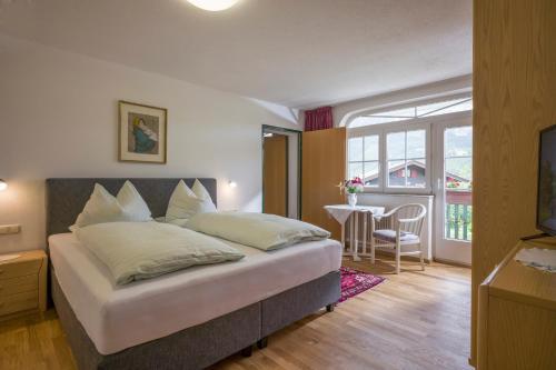Apparthotel Tom Sojer - Accommodation - Ellmau