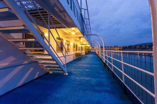 Boat Hotel Fortuna photo 47