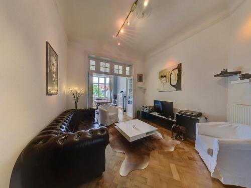 Apartment in the heart of Brussels Aðalmynd