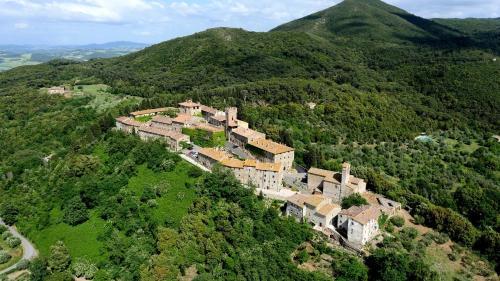 . Castello Ginori Di Querceto