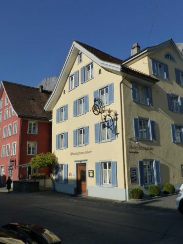 . Hotel Lowen