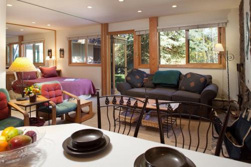 Laurelwood Condominiums - Snowmass Village, CO 81615
