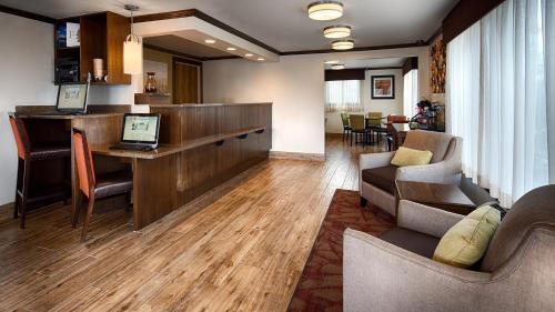 Best Western Paradise Inn - Dillon, MT 59725
