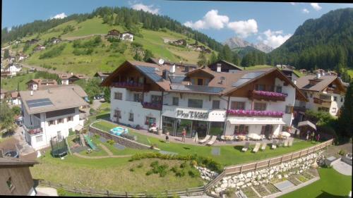 Hotel Pra Tlusel Wolkenstein-Selva Gardena