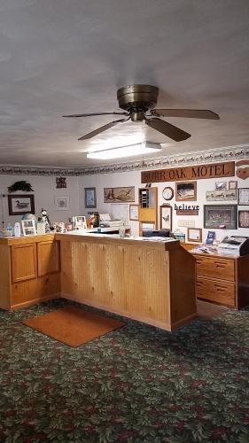 . Burr Oak Motel
