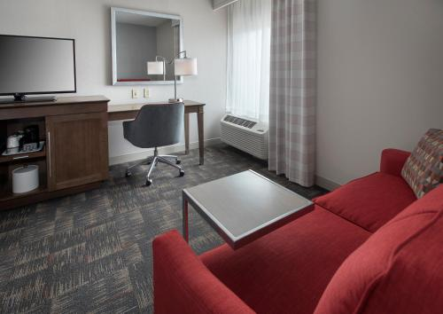 Hampton Inn Boston Logan Airport in Boston