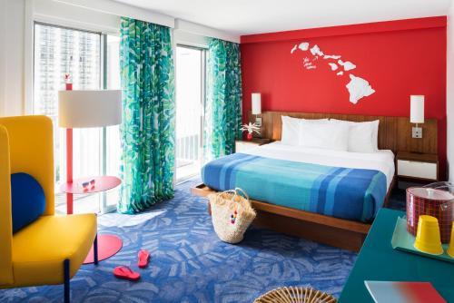 Shoreline Hotel Waikiki - Honolulu, HI 96815