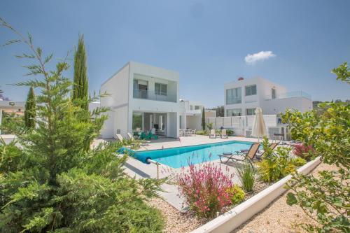 . Greco Villas