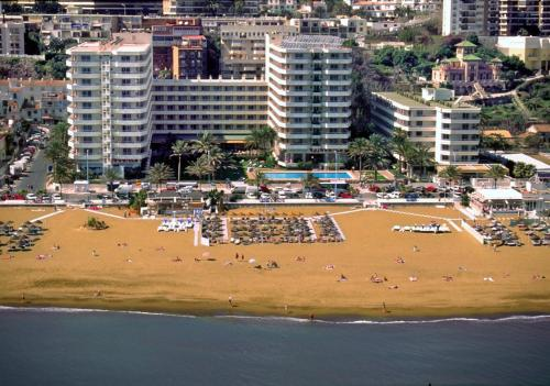 Apartamentos Bajondillo - Apartment - Torremolinos