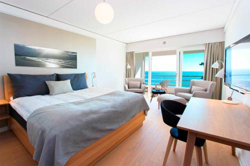 Double Room with Balcony or Terrace and Sea View