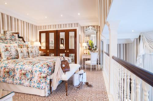 Milestone Hotel Kensington photo 80