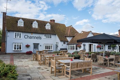 Channels Lodge (Bed & Breakfast)