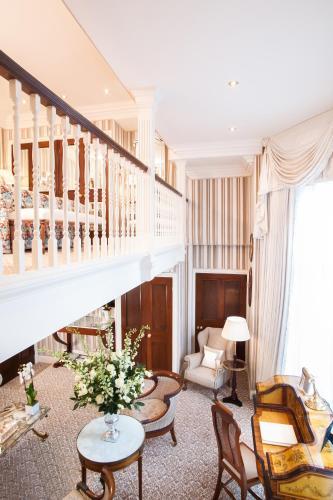 Milestone Hotel Kensington photo 83
