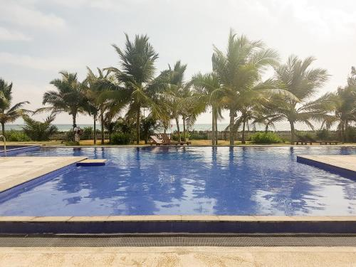 . Nilaveli Beach Condo