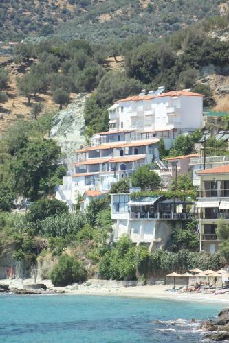 . Irini Plomariou Apartments