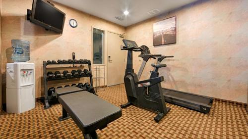 Best Western Plus Rama Inn & Suites - Oakdale, CA CA 95361