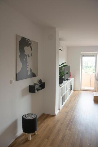 Studio Apartment No.37