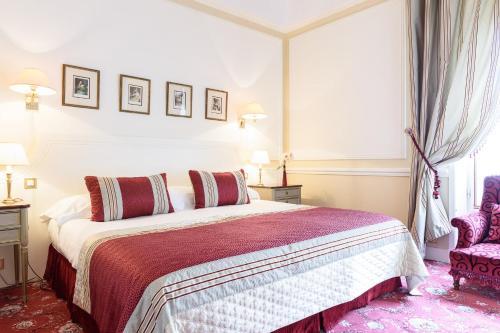1 Avenue de l'Impératrice, 64200 Biarritz, France.