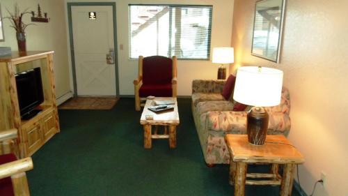The Lodge At Lake Tahoe By Vri Resort - Lake Tahoe, CA 96150