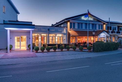. Hotel Restaurant Burg-Klause