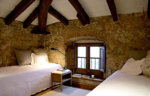 Double or Twin Room with Sea View Can Mora de Dalt 1